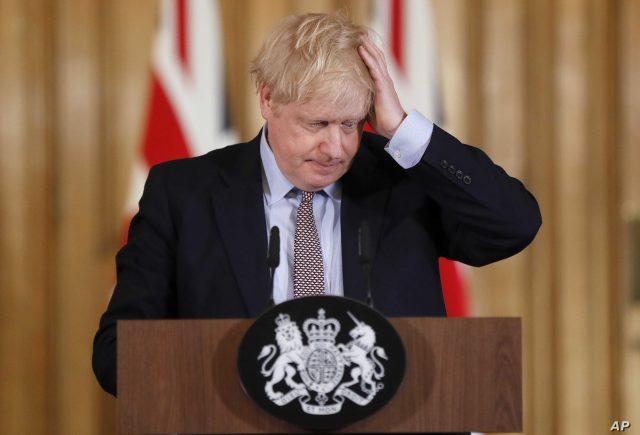 """63% de los británicos valoran como """"pobre"""" la gestión de Boris Johnson frente a la pandemia"""