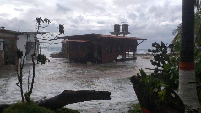 En Colombia declaran calamidad pública en isla de San Andrés por paso de