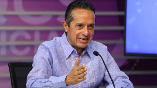 Gobernador mexicano pide disculpas públicas por represión contra manifestación feminista en Cancún