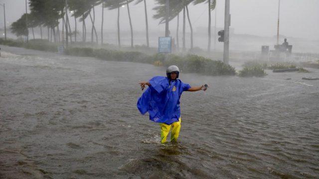 Poderoso tifón obligó la evacuación de un millón de personas en Filipinas