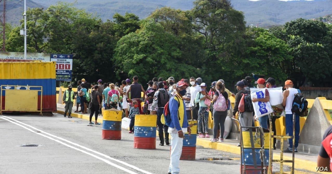 Venezuela y Colombia evalúan acciones para el ingreso de connacionales en Navidad