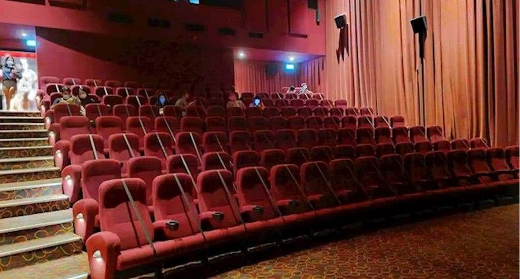 En Venezuela evalúan reabrir cines, autocines y teatros