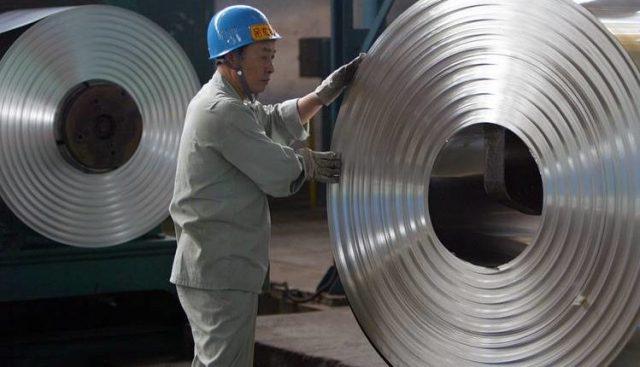 Senador Navarro acusa que Comisión de Distorsiones del Gobierno no protege al acero chileno, pese a reconocer dumping de acero chino