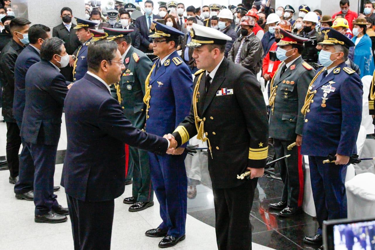 arce mando militar bolivia