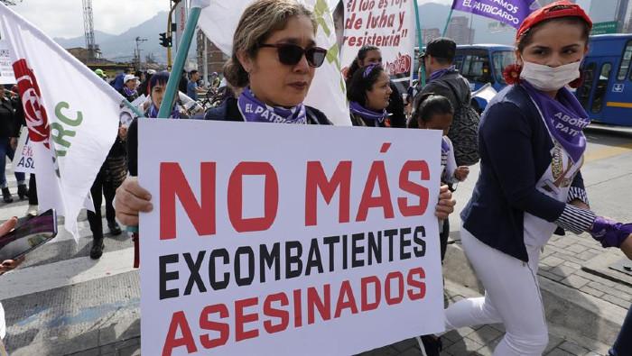 Ejército de Colombia bombardea zona rural y asesina a 13 disidentes de las FARC