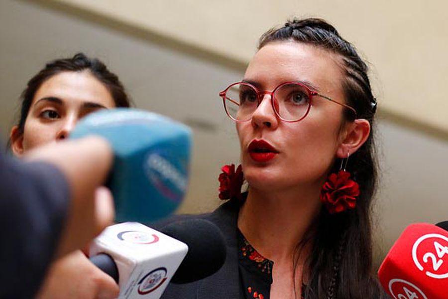 En defensa de Camila Vallejo y el proyecto Ley para terminar con los 2/3