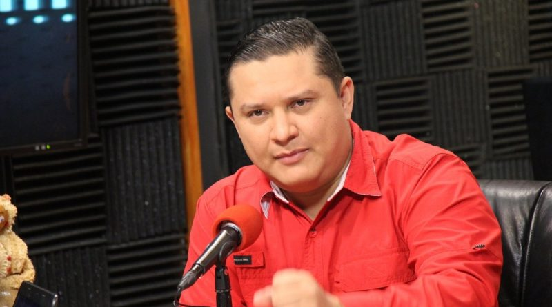 Carlos Sierra: La revolución que no duerme