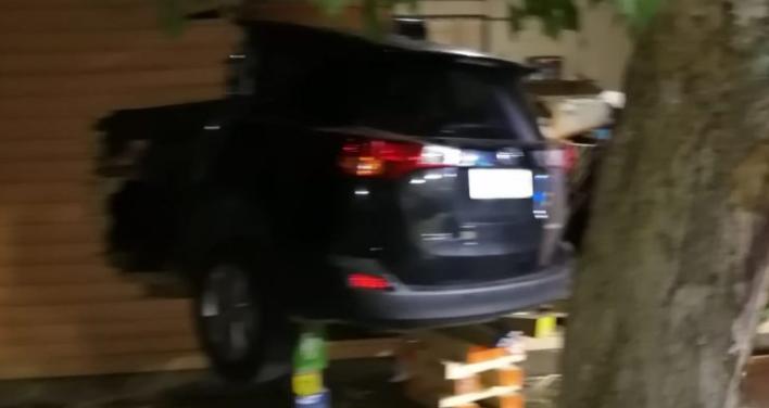 Con arraigo nacional quedó carabinero que chocó casa y causó muerte de morador en Chillán