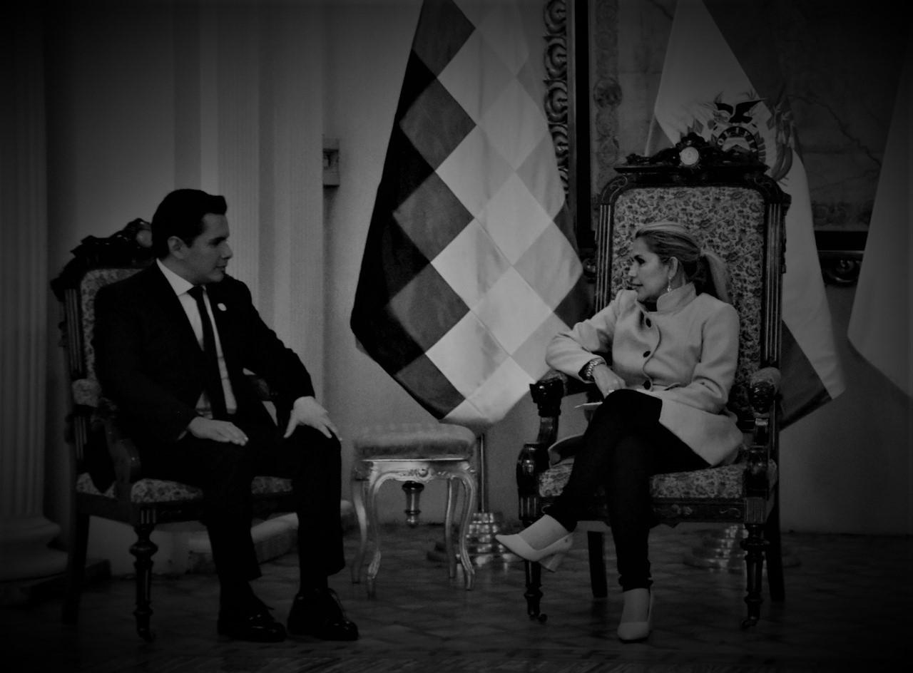 """Bolivia: todo lo que robaron Guaidó y sus """"embajadores"""" durante la dictadura de Áñez"""