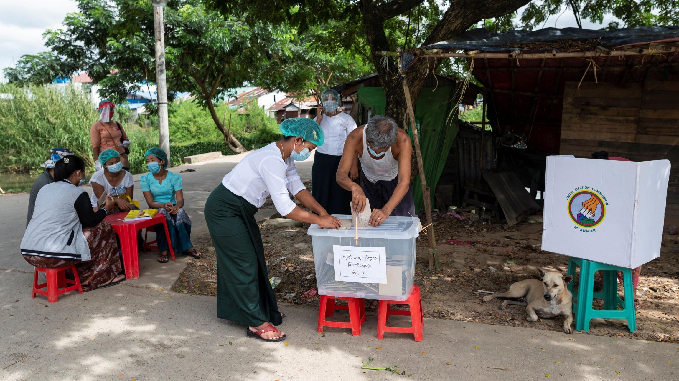 Birmania celebra las segundas elecciones de su democracia