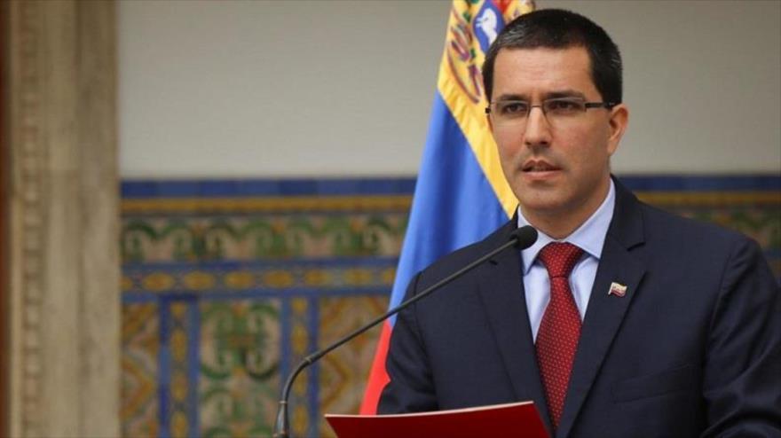 """Venezuela convoca a Trinidad y Tobago a una """"necesaria reunión de trabajo"""""""