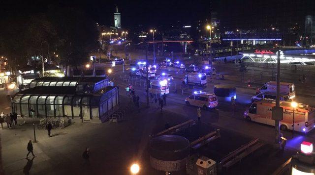 Alarma en Viena: varios muertos en ataques simultáneos declarados como acto terrorista