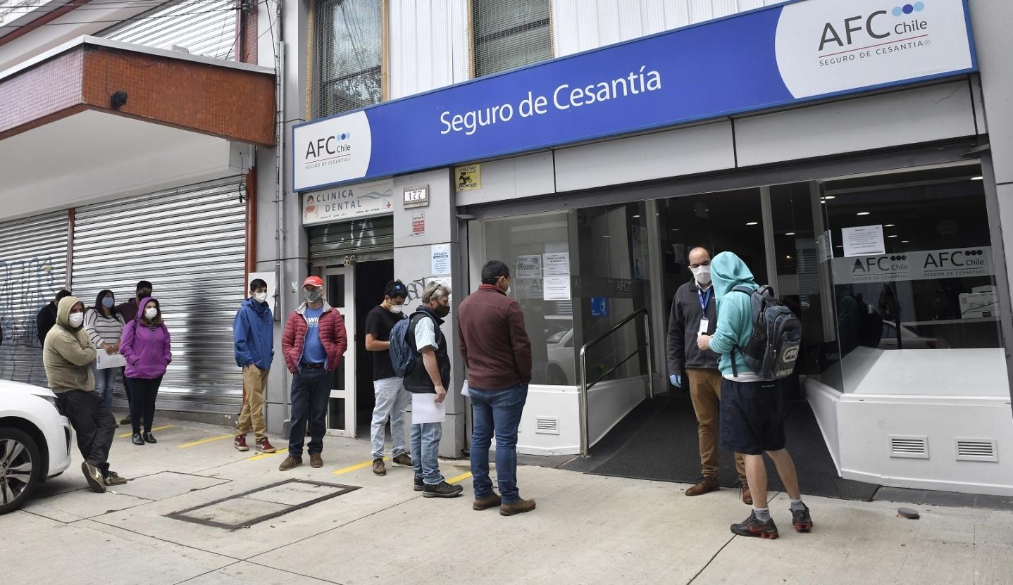 Desempleo en Chile subió 3,8 puntos porcentuales en un año