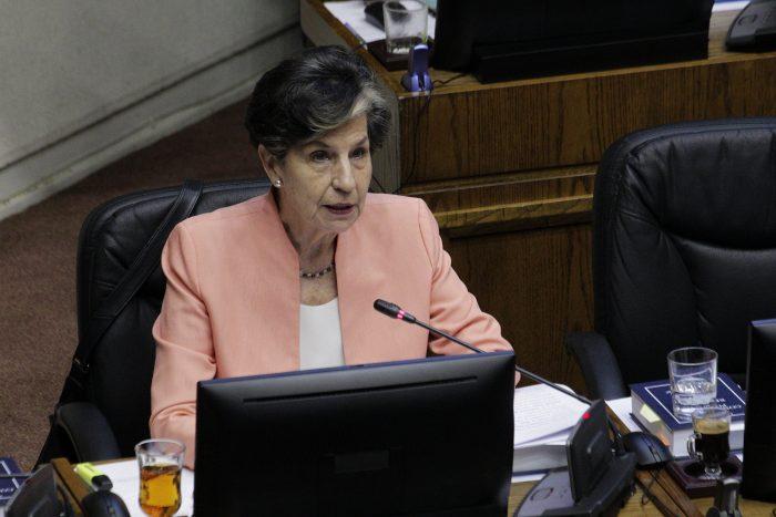 Senadora Allende defiende proyecto de indulto general