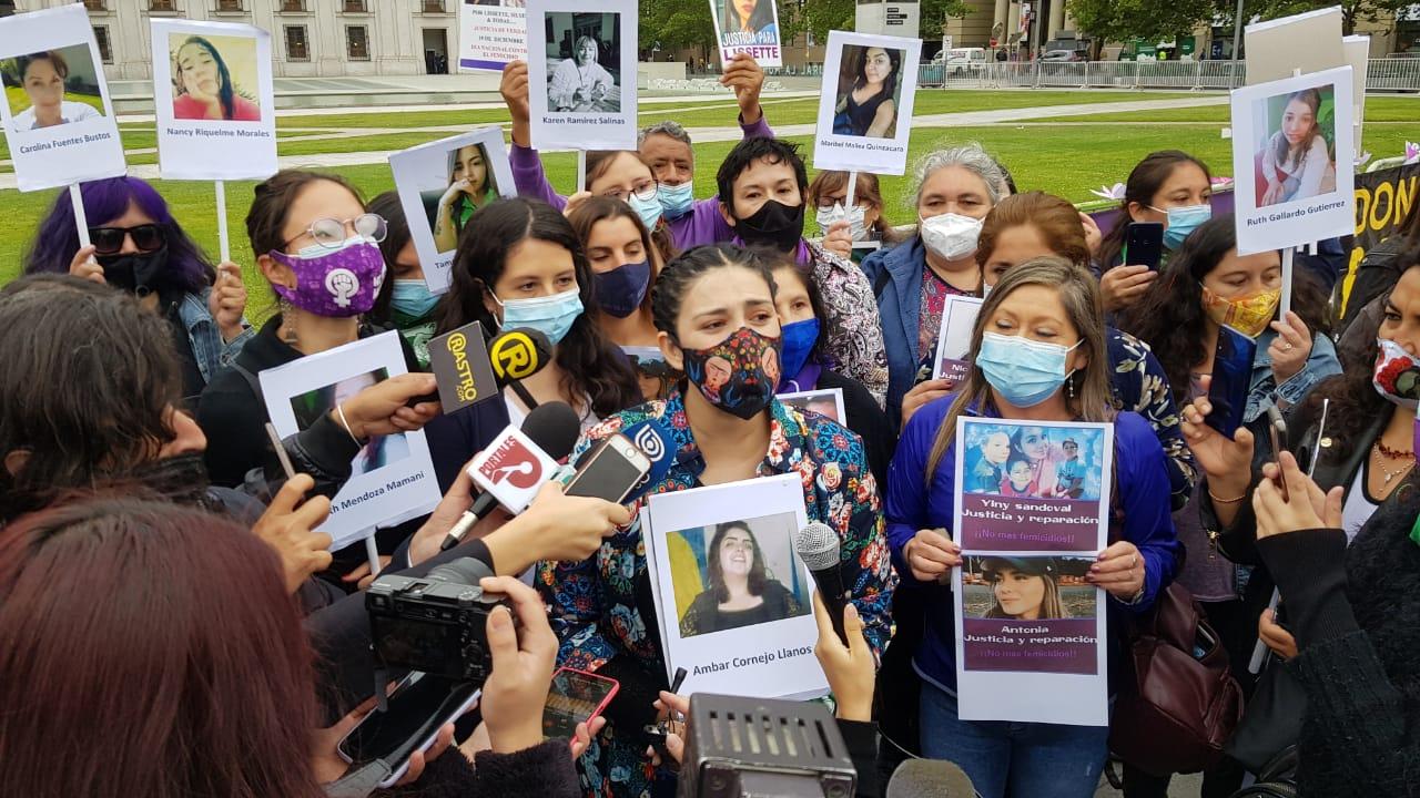 Día Contra el Femicidio: Diputada Cariola y organizaciones presentan proyecto de protección y reparación para familias de las víctimas