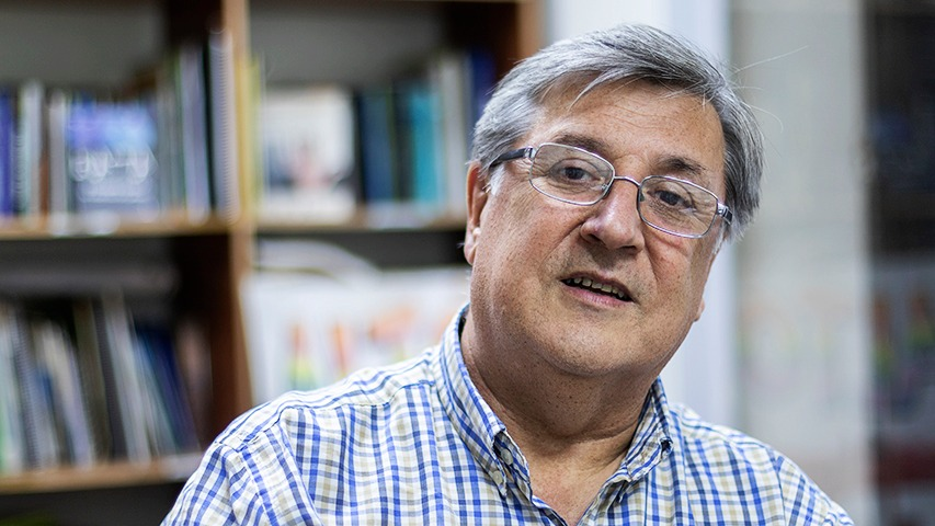 Lucio Cuenca, precandidato socioambiental independiente, inició recolección de firmas para llegar a la Constituyente