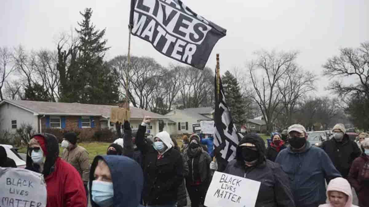 Indignación en EE.UU. por nuevo asesinado de afrodescendiente a manos de la policía