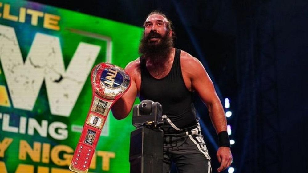 El mundo de lucha libre de luto por el fallecimiento de la exestrella de la WWE Luke Harper, también conocido como Brodie Lee