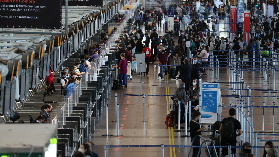 Gobierno prohíbe ingreso de extranjeros que hayan estado en Reino Unido en los últimos 14 días tras detección de nueva cepa