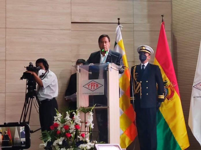 Arce reactivará proyectos de industrialización de hidrocarburos en Bolivia