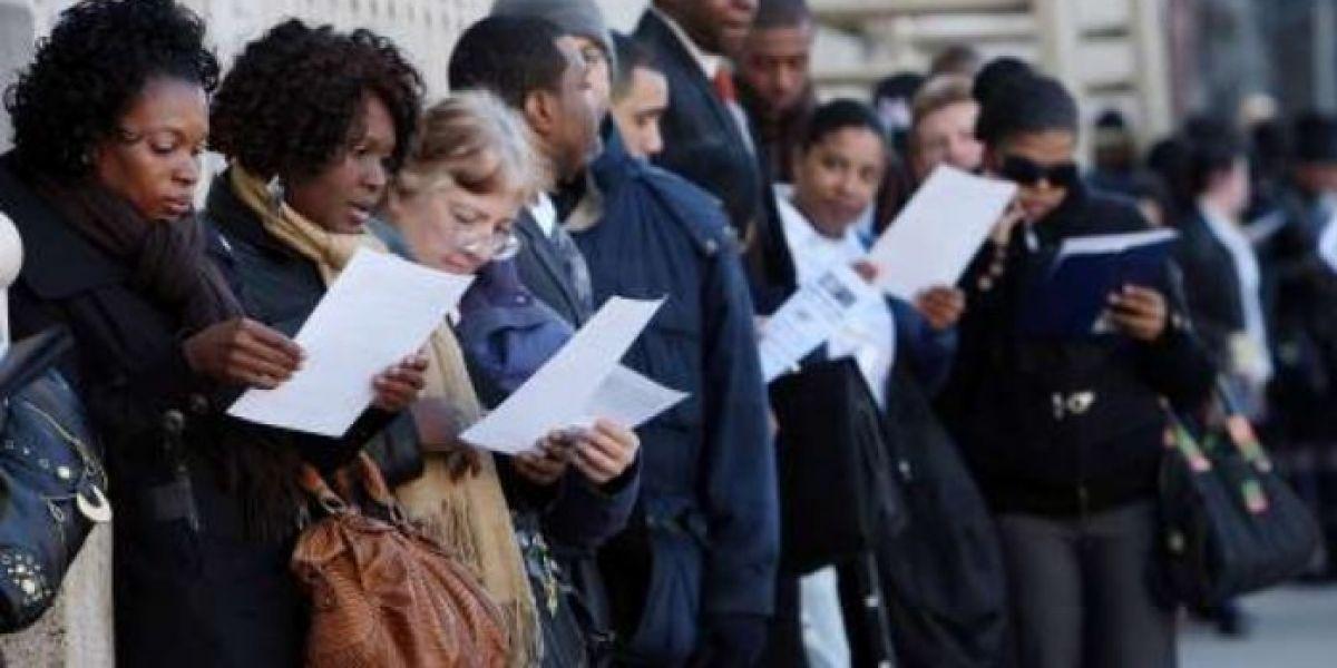 Solicitud de subsidios por desempleo se incrementó a 885 mil nuevas demandas en EE. UU.