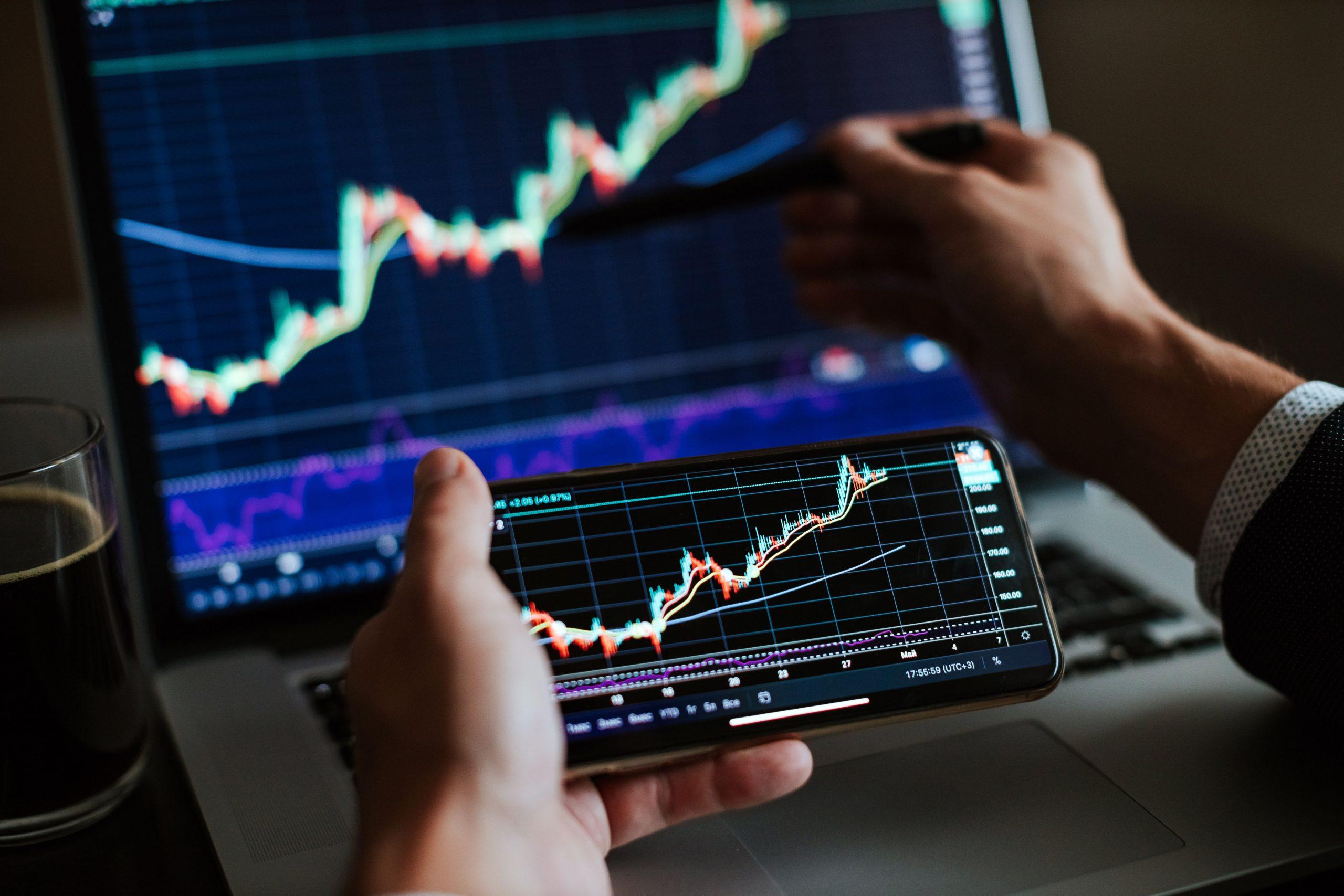 Invertir los ahorros en acciones de empresas no tradicionales