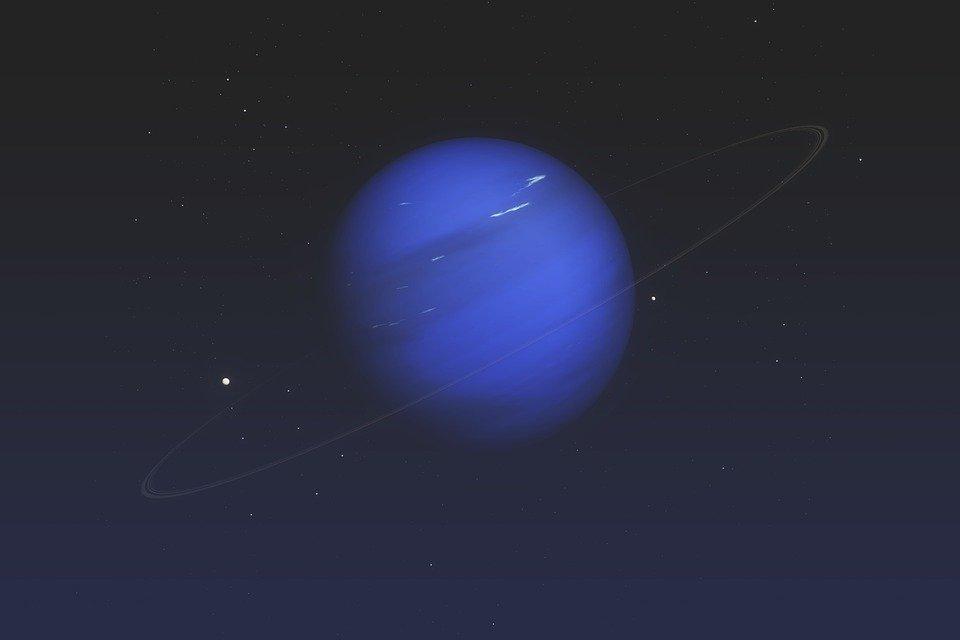 Lo que dicen los científicos sobre las misteriosas manchas oscuras de Neptuno