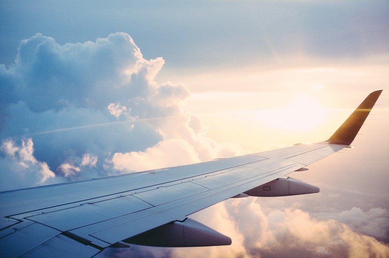 Nueva Zelanda e Islas Cook realizarán primera burbuja aérea de viaje internacional
