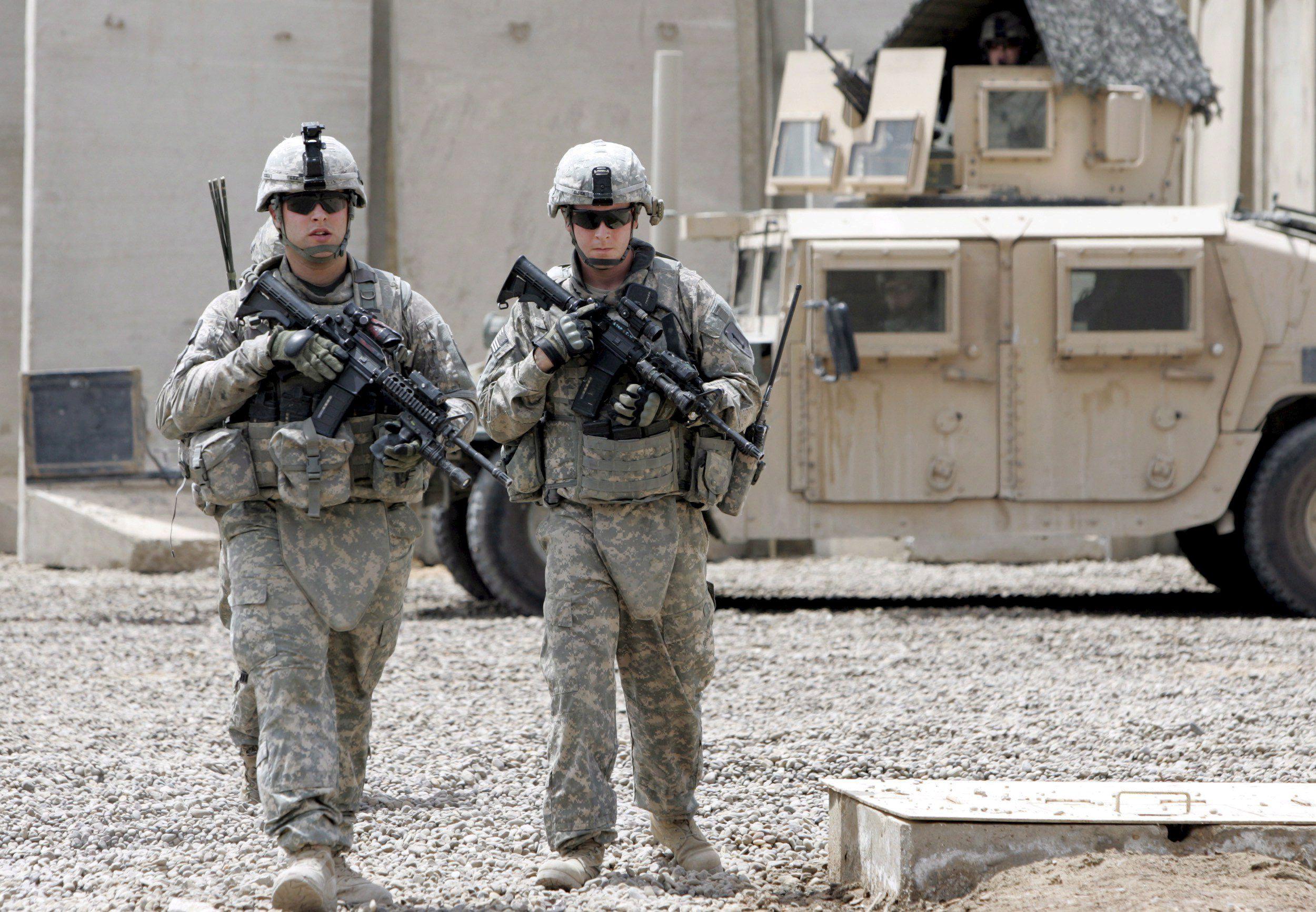 Base de EE.UU. y OTAN en Afganistán sufre ataque con misiles