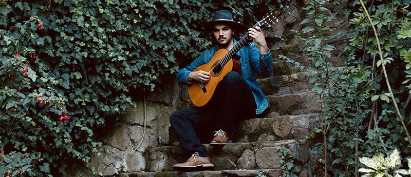 'Souvenir', el nuevo single de Tomás del Real junto a Tato Quesada