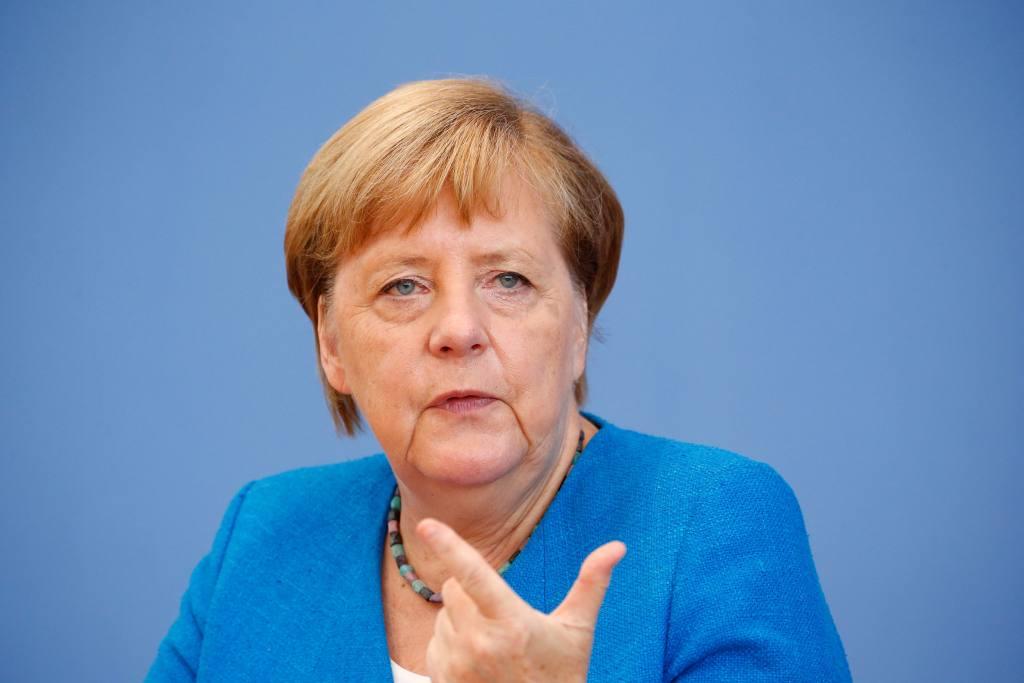 """Angela Merkel advierte que próximas semanas serán """"la fase más dura de la pandemia"""""""