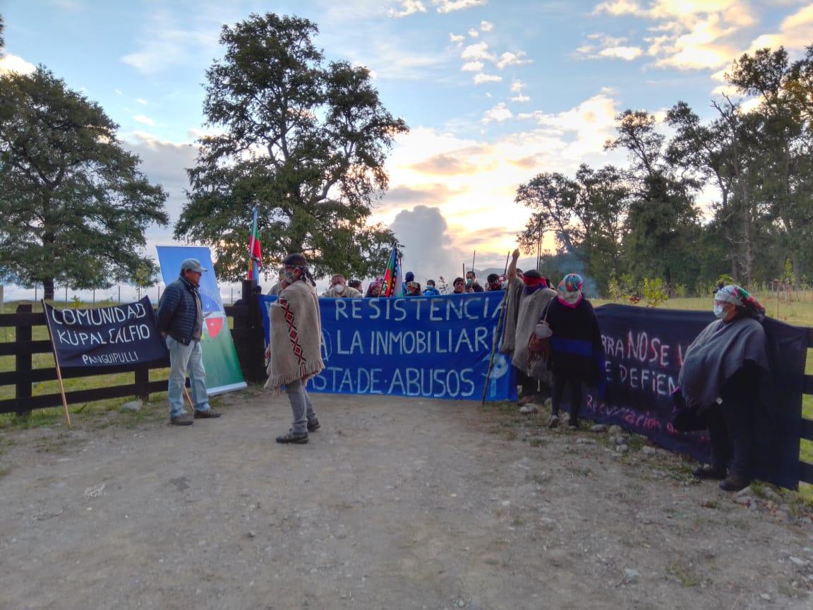 Panguipulli: Comunidades Mapuche inician recuperación territorial para frenar el avance inmobiliario