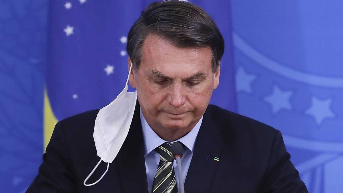 Con cacerolazos, brasileños rechazan anuncio de Bolsonaro de atrasar inicio de campaña de vacunación contra el Covid-19