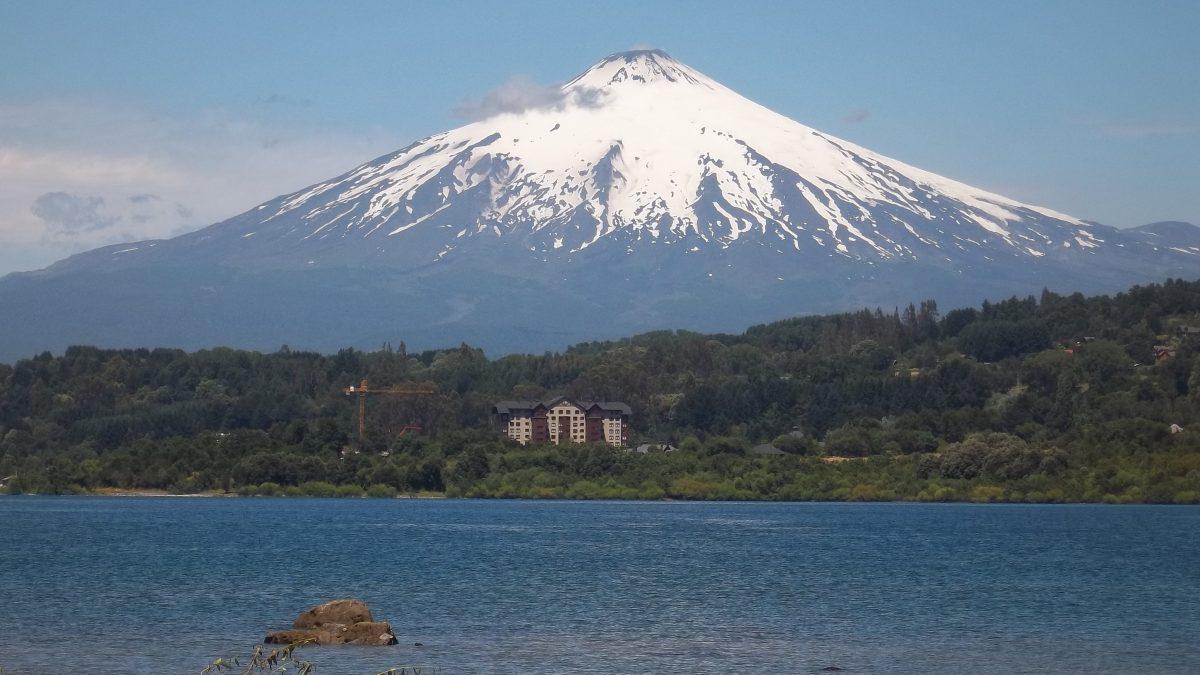 Lago Villarrica: 42 playas no tienen acceso público y hay 363 construcciones sin permiso de edificación
