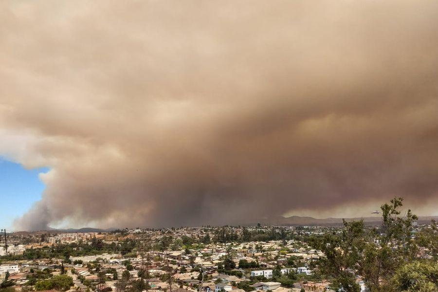 Valparaíso: Onemi decreta Alerta Roja en Quilpué por cuatro focos de incendio forestal