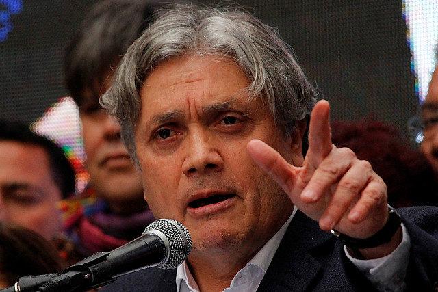 Temporada de incendios: Senador Navarro pide a Conaf evaluar contratación urgente del Supertanker ante duras condiciones proyectadas para el verano