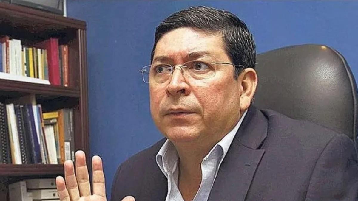 Corte Constitucional de El Salvador veta a político Walter Araujo  por su historial de violencia machista