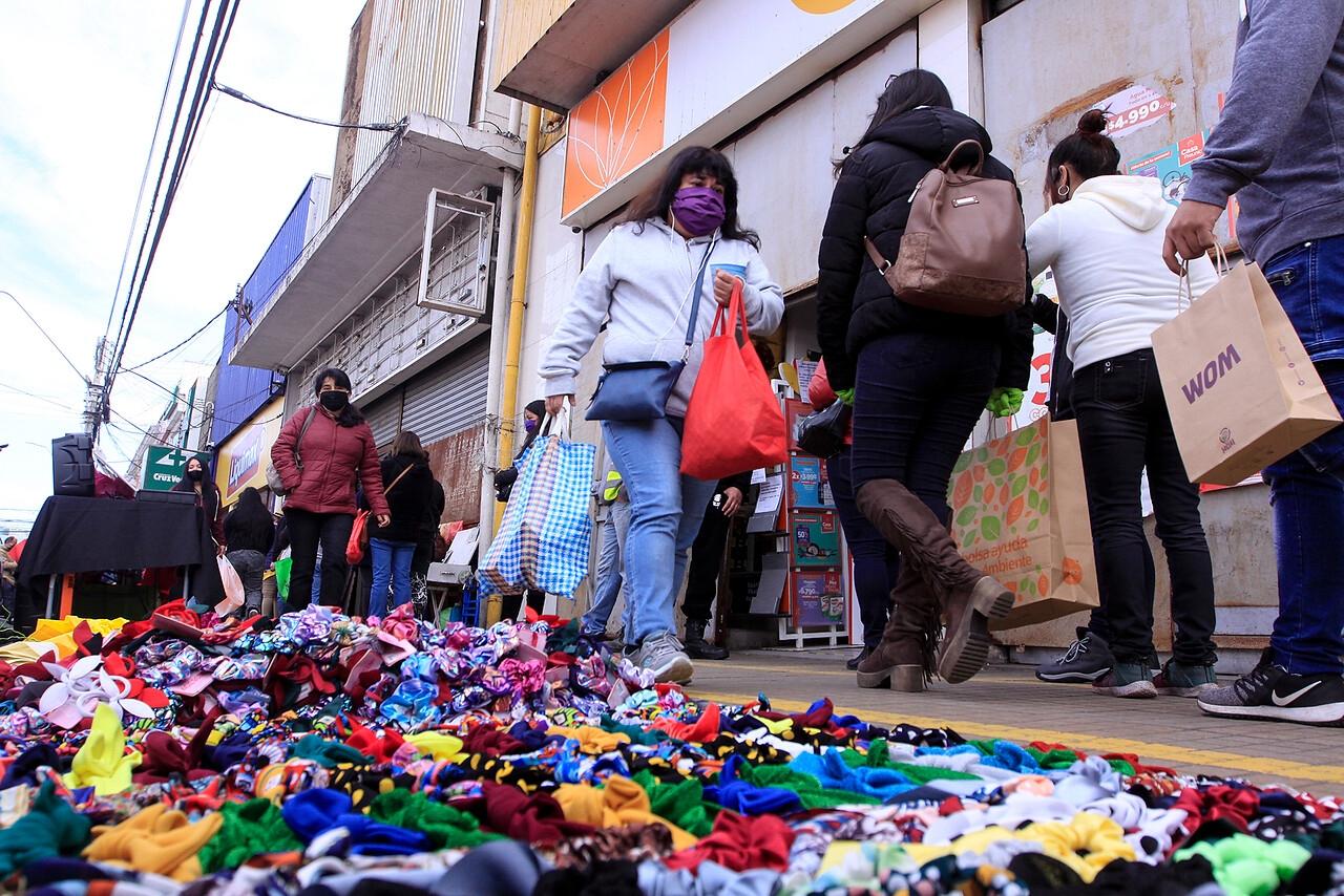 Cuarentena en Talcahuano: Comerciantes anuncian que no cerrarán sus locales y piden renuncia del Seremi de Salud