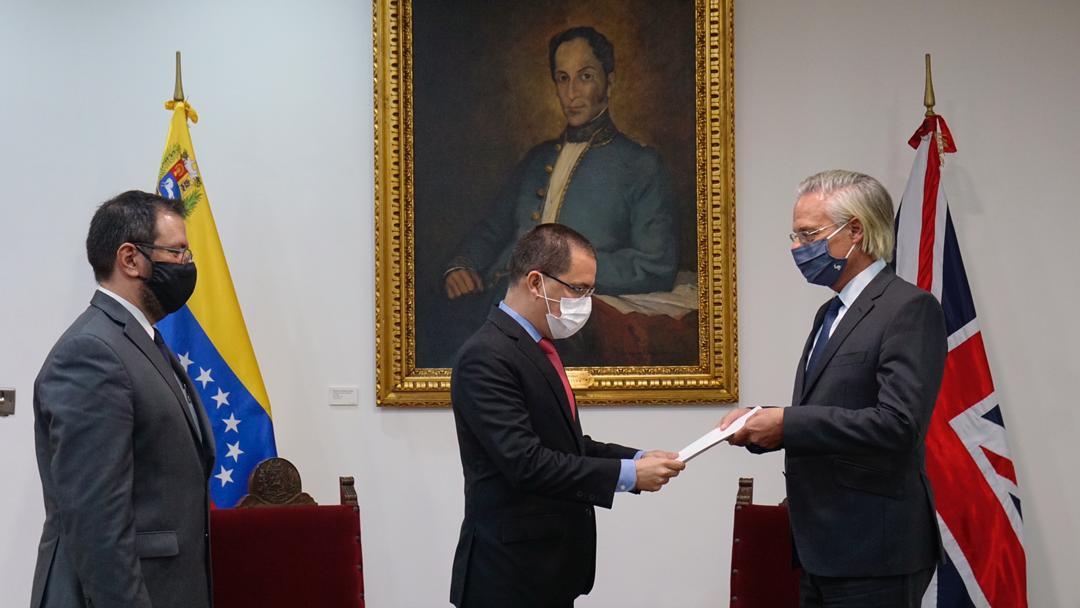 Venezuela entrega nota de protesta a Reino Unido en rechazo a su política injerencista