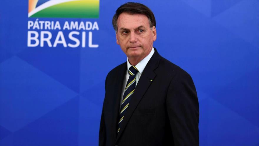 """Bolsonaro dice que """"solo Dios"""" lo sacará del cargo ante pedidos de juicio político por crisis en Manaos"""