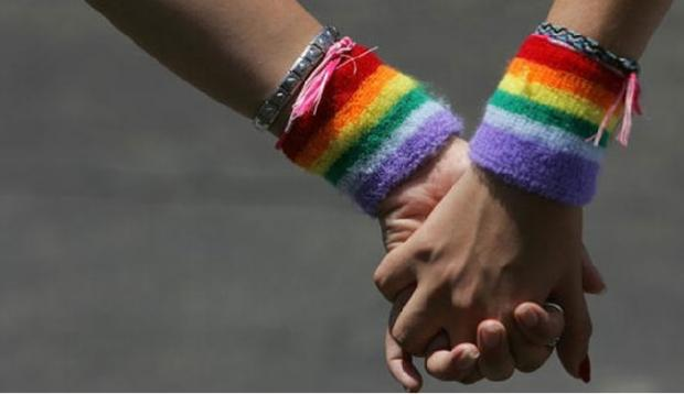 Lesbofobia: guardia de Supermercado Santa Isabel impidió ingreso de una mujer solo por ser lesbiana