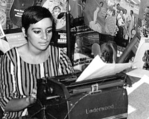 Homenaje a la gran  periodista Manola Robles por su ex colega en Radio Cooperativa Carmen Castro