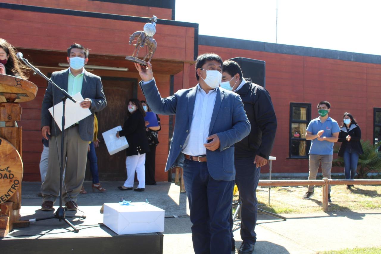 Alcalde Millabur deja su cargo al mando de Tirúa para emprender camino hacia el proceso constituyente