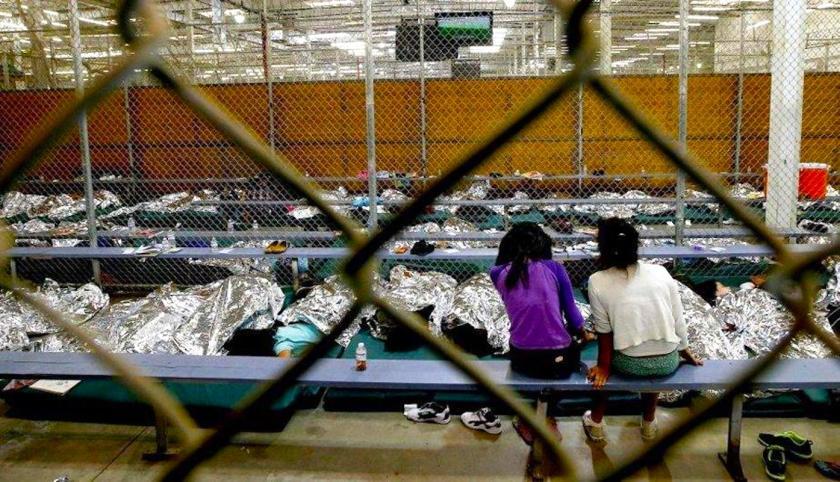 Más de 8 mil niños migrantes sin acompañantes están en centros especiales de EE.UU.