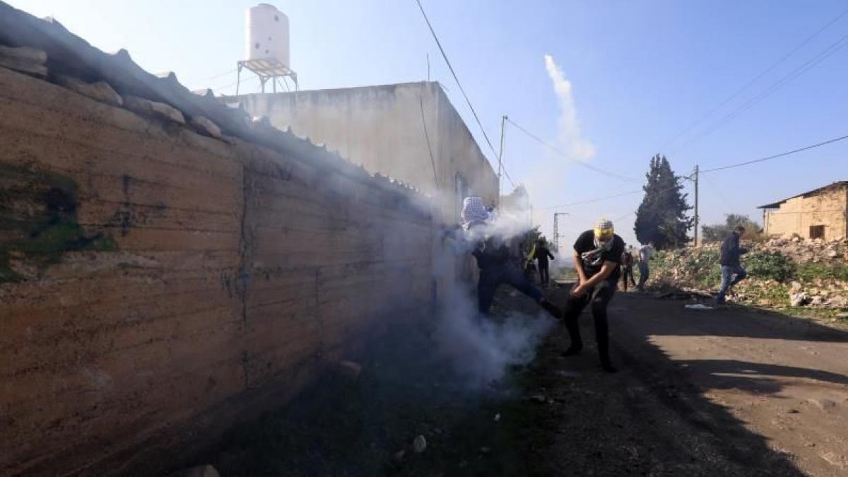 Joven palestino queda tetrapléjico tras recibir disparo de soldado israelí