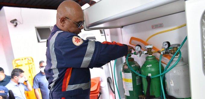 Oxígeno que envió Venezuela para Manaos ya está en territorio brasileño