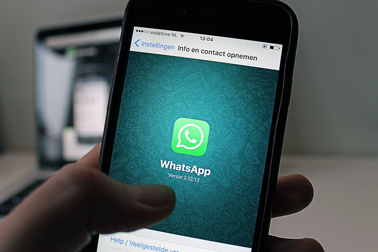 Tras fuerte polémica, WhatsApp pospone cambios en políticas de privacidad
