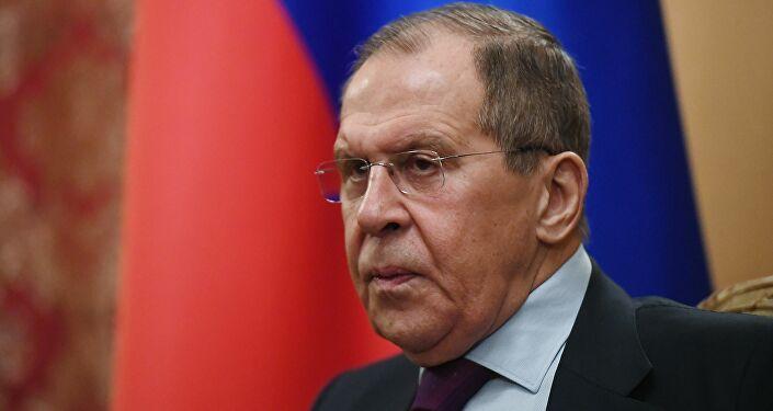 """Occidente aspira a que Rusia se convierta en un """"territorio cómodo para promover sus propios intereses"""""""