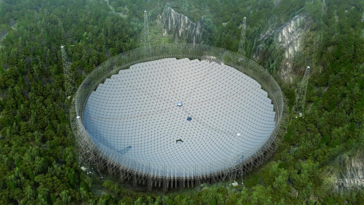 Un equipo chileno optimiza el radiotelescopio más grande del mundo ubicado en China