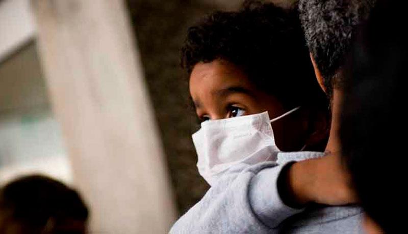 Las cifras que Paris pasó por alto: Informe DEIS confirma más de 57 mil contagios de Covid-19 en niños